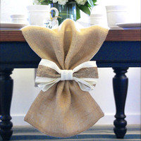 Burlap Table Runner with Bow, Table cloth, Centerpiece, Wedding table runner Decor. Table Runner perfect for home decor, parties and wedding