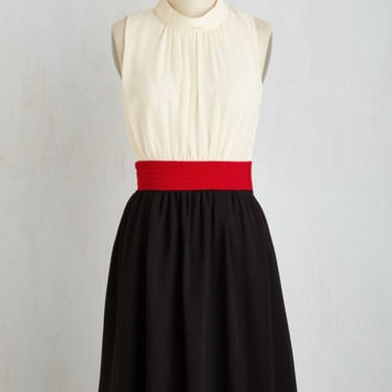 Vintage Inspired Long Sleeveless A-line Windy City Dress in Colorblocks
