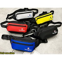 Champion sells hip men's and women's casual shopping chest-straddling bag
