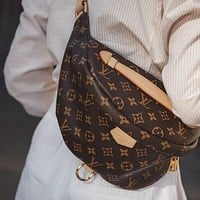 Louis Vuitton LV Classic Waist Bag Handbag Fashion Lady Handbag Shoulder Bag Messenger Bag Waist Bag