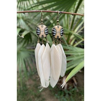 Cream Feather Earrings #H1049