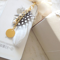 Samsung Galaxy S4 iPhone White Feather Pearl Initial Disc Gold Plated Chain Phone Plug and Charm