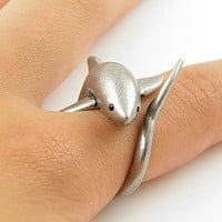 Animal Wrap Ring - Shark - White Bronze - Adjustable Ring