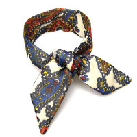 Top Knot Tie Wired Hair Accessory for Buns or Pony Tails Wrist Wrap Paisleys and Flowers Fabric Bun Wrap Women Teens Girls Cute Accessory