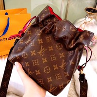 LV classic old flower Noe storage bag bucket bag Messenger bag