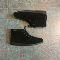 Vintage 80s 90s unworn Black suede lace up ankle booties // size 8.5 8 1/2 N narrow width  // witchy granny desert chukka boots // festival