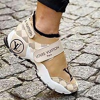 Louis Vuitton LV new men's and women's fashion high-end printing thick-soled thick-soled increased personality versatile casual sports shoes