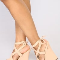 Double Crossed You Wedges - Nude