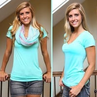 Best Ever V-Neck Tee in Mint