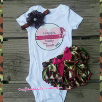 Camo Father's Day Baby Girl Outfit - Personalized Onesuit - Bloomers - Headband - Photo Prop - Camouflage Father's Day Outfit - Infant Onesuit