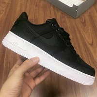 Nike Air Force One fashion low-top casual sneakers for both men and women-2