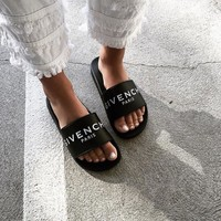 - GIVENCHY -Slide flat sandals in black rubber
