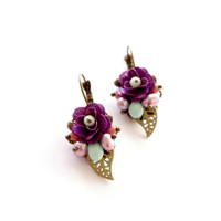 Purple rose small dangle earrings. Romantic victorian lilac floral bridesmades earrings.