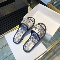 DIOR  Popular Summer Women's Flats Men Slipper Sandals Shoes12