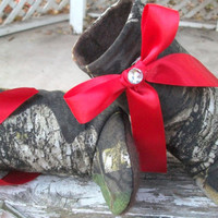 Baby Girl Camo, baby boots, baby shoes, baby booties, baby slippers, red bow, Mossy oak, Break up, camouflage, Christmas, Holiday, winter