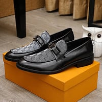 lv men fashion boots fashionable casual leather breathable sneakers running shoes 99