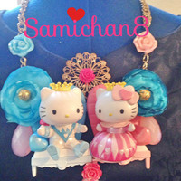 A Hello Kitty and Daniel Alice In Wonderland  King And Queen of Hearts Necklace