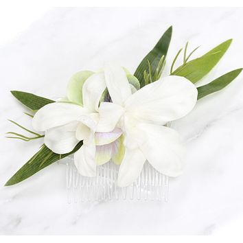 Artificial flowers hair comb