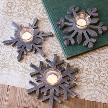 Set of 3 Wooden Snowflake Candle Holders
