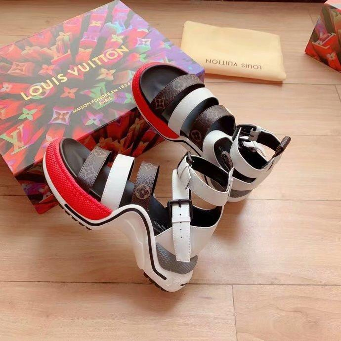 Image of lv louis vuitton women casual shoes boots fashionable casual leather women heels sandal shoes 20