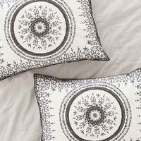 Plum & Bow Effie Medallion Sham Set