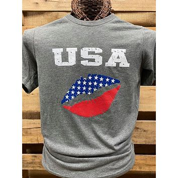 Southern Chics Apparel USA Lips Canvas Bright T Shirt