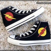 DCCK8NT the flash and reverse flash custom converse painted shoes