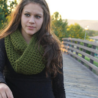 Crochet Infinity Scarf Chunky- Olive Green
