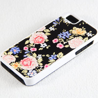 Vibrant Black Floral Pattern iPhone 5 + 4S + 4 + 5C + 5S Tough Rubber and Soft Case, iPod 5 + 4 Case
