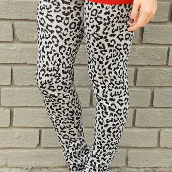 A Wild Ride Leggings: Black/Gray