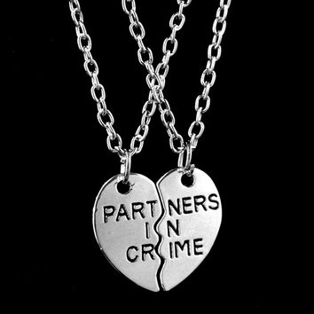 2015 New Women Fashion Two Peach Hearts Splicing Partners In Crime Necklace Friends Necklace Gift Silver = 1929833604