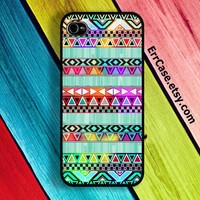 Colorful Aztec and Mint Wood Design Case : Iphone 4/4s case Iphone 5 case
