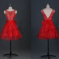 Short red tulle prom dresses with rhinestons,best beaded homecoming dress in 2014,chic cheap gowns for holiday party.