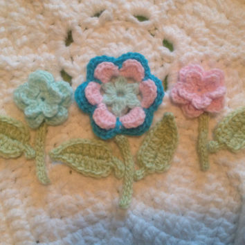 Hand Crochet Flower Appliques Embellishments Set of 10- Key Lime Pie Green, Teal Blue, Princess Pink and Mint Green