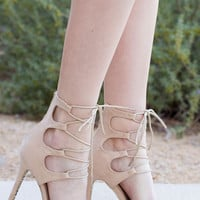 Khaleesi Queen Lace Up Heels - Ivory