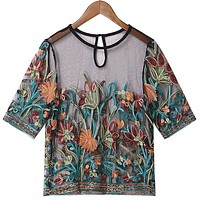 Heavy-duty embroidery three-dimensional flower perspective lace short-sleeved T-shirt