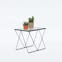 Small Diamond Table - Urban Outfitters