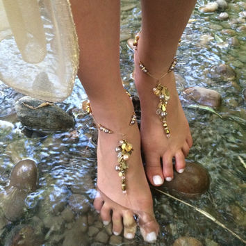 Barefoot sandals, foot jewelry, wedding sandal perfect for bridesmaids, champagne and cream beads with crystals, Beach barefoot sandals