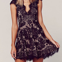 Black Cap Sleeve Lace Dress