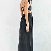 Kimchi Blue Y-Neck Cutout Maxi Dress