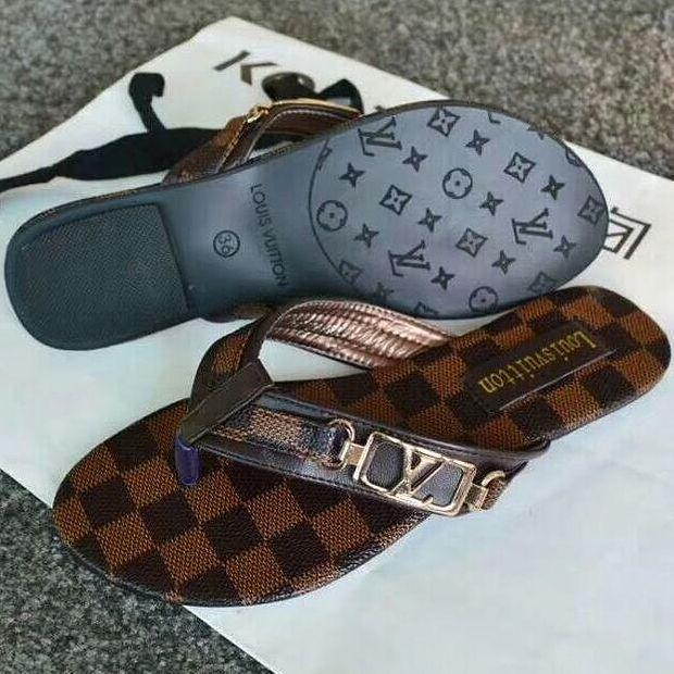Image of LV Louis Vuitton casual outdoor slippers shoes