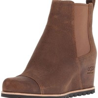 UGG Women's W Pax Fashion Boot