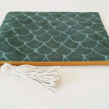 Fresh And Fun Dark Green Grey Scales Zipper Pouch With Cream Tassel