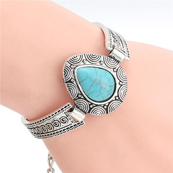 Cheap Fashion Jewelry New Design Tibetan Sliver Plated Turquoise Heart Shaped Charm Bracelet & Bangle for Gift