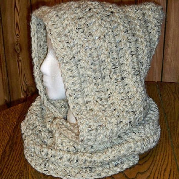 Women crochet hood, Teen crochet hood. Hat and scarf combo, pixie hood, Elf hood, Gnome hood. Fashion. Trendy. Winter hood. Crochet hood