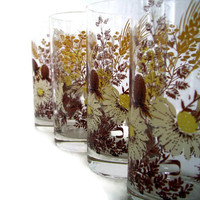 Vintage Tumblers, Drinking Glasses, Daisies and Floral, Yellow Brown Gold Tan, Mid Century, Retro Kitchen, Set of 4, Cottage Chic Home