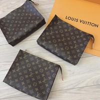 shosouvenir Louis Vuitton LV Women Makeup Bags Men's Business Bag Classic Leisure Handbag Clutch Bag