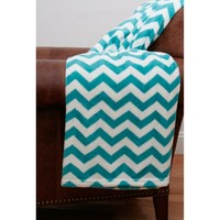 Thro by Marlo Lorenz Classic Chevron Fleece Throw Blanket | www.hayneedle.com