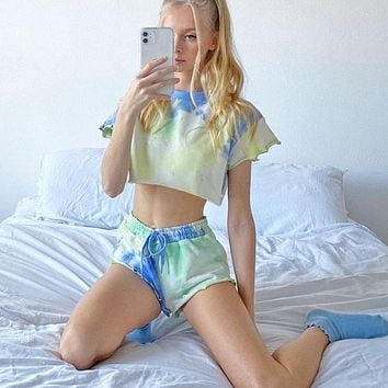 New sexy exposed navel round neck casual loose tie dye printing T-shirt shorts suit Cyan