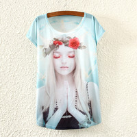 White Short Sleeve Girl Praying Print T-Shirt